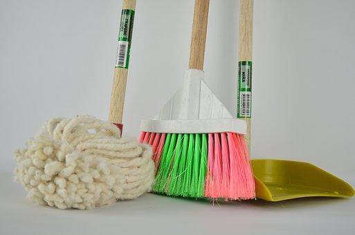 broom-1837434__340[1]